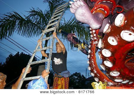 Ladder To Climb A Giant