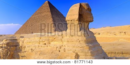 Pyramid Located At Giza And The Sphinx.  Panorama