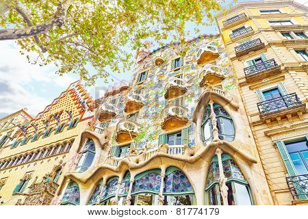 BARCELONA, SPAIN - SEPT  04, 2014: Outdoor view  Gaudi's  creation-house Casa Batlo.