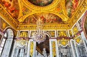 image of chateau  - VERSAILLES FRANCE  - JPG