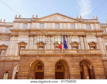 Retro Look Teatro Alla Scala Milan