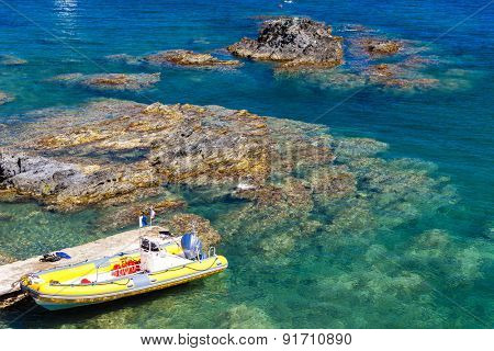 boat for divers, Cap de Peyrefite, Languedoc-Roussillon, France