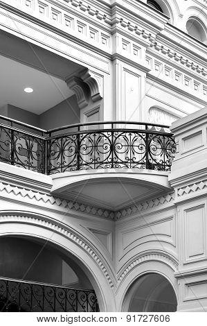 Classical balcony