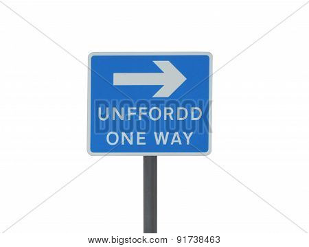 One way road sign in English and Welsh