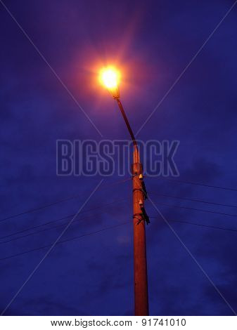 Mast Street Lighting In Hours Of Darkness