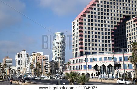 Modern hotel and business center Opera Town