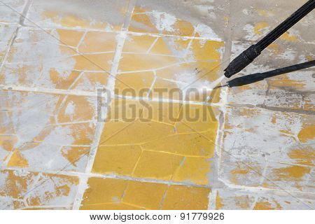 High Pressure Cleaning With Water