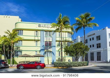 View At Ocean Drive To Hotel The Barbizon