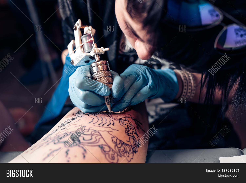 От чего зависит количество сеансов тату