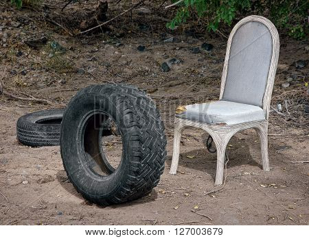 Strange assortment of abandoned objects in the middle of nowhere particular