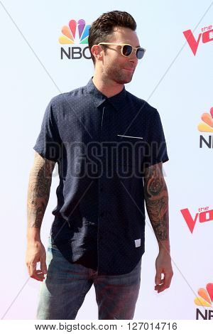 LAS VEGAS - APR 21:  Adam Levine at the The Voice Red Carpet Event at the Hyde on April 21, 2016 in Los Angeles, CA