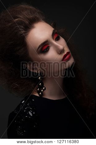High Fashion Look. Glamor Portrait.