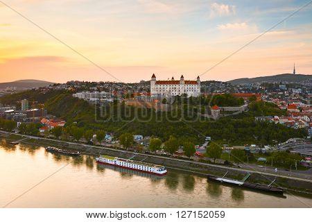 BRATISLAVA, SLOVAKIA - APRIL 22, 2016: View of Bratislava castle and river Danube, Slovakia on April 22, 2016.