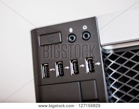 Front USB ports on powerful computer with USB 3 and USB 2 ports