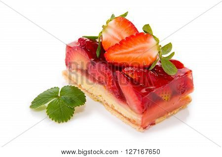 Strawberry pie isolated on  white background.Fruitcake and red juicy strawberrys.