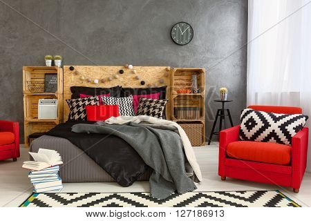 Cozy Bedroom In Grey With Beautiful Home Decorations
