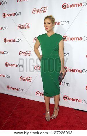 LAS VEGAS - APR 14:  Christina Applegate at the CinemaCon Awards Gala at the Caesars Palace on April 14, 2016 in Las Vegas, CA