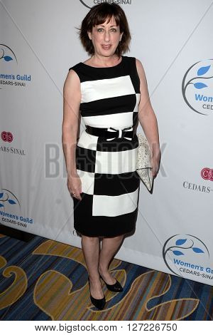 LOS ANGELES - APR 14:  Beth Hall at the 2016 Women's Guild Cedar-Sinai Annual Spring Luncheon at the Beverly Wilshire Hotel on April 14, 2016 in Beverly Hills, CA