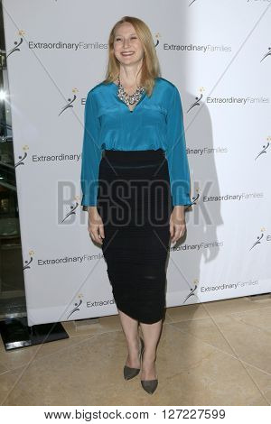 LAS VEGAS - APR 20:  Amy Wakeland at the Extraordinary Families Gala at the Beverly Hilton Hotel on April 20, 2016 in Beverly Hills, CA