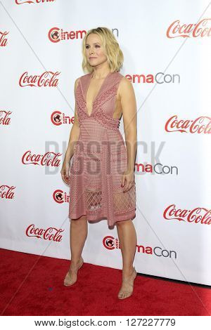 LAS VEGAS - APR 14:  Kristen Bell at the CinemaCon Awards Gala at the Caesars Palace on April 14, 2016 in Las Vegas, CA