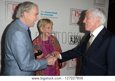 LOS ANGELES - APR 24:  Peter Mark Richman, Peter's wife, Dick Van Dyke at the Professional Dancers Society's Gypsy Awards Luncheon at the Beverly Hilton Hotel on April 24, 2016 in Beverly Hills, CA