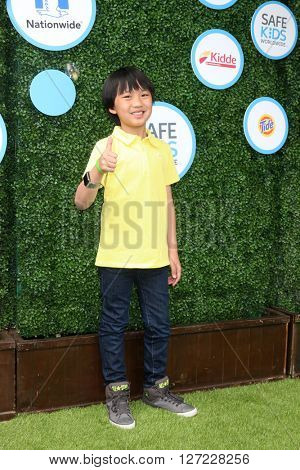 LOS ANGELES - APR 24:  Ian Chen at the Safe Kids Day at the Smashbox Studios on April 24, 2016 in Culver City, CA