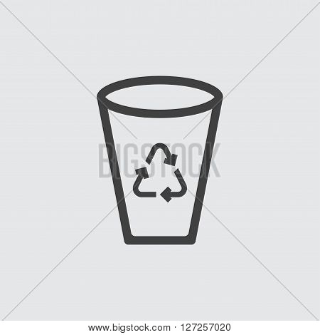 Recycle bin icon illustration isolated vector sign symbol
