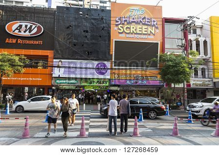 BANGKOK THAILAND - APR 10 : people wait for walk across crosswalk near Digital Gateway at siam square on april 10 2016 thailand. Siam square is famous shopping place of Bangkok