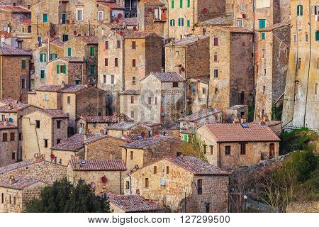Sorano is a town and comune in the province of Grosseto, southern Tuscany. It as an ancient medieval hill town hanging from a tuff stone