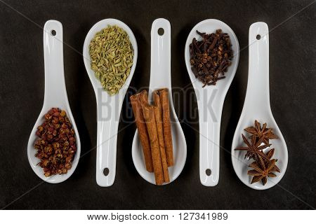 Parallel Spoons Of Five Spice Top View