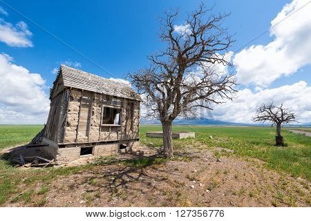 Abandoned roadside shack beside route 50, rural Utah,USA