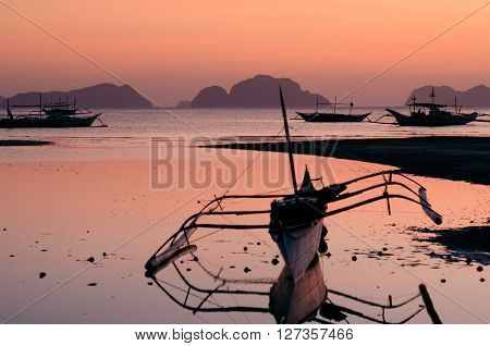 banca on the bay in el nido palawan philippines