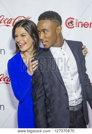 LAS VEGAS - APRIL 14 : Actress Sela Ward (L) and actor Jessie Usher attend the CinemaCon Big Screen Achievement Awards at The Caesars Palace on April 14 2016 in Las Vegas