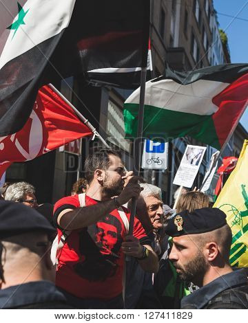 Pro-palestinian Demonstrators Contesting The Jewish Brigade