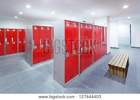 decoration and design of dressing room in modern gym