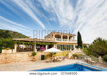 Spanich real estate of Mediterranean seashore Mallorca