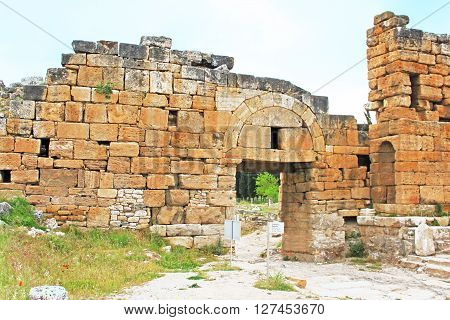 Ruins of the Byzantine northern gate (IV century AD) and Frontinus street (I century AD) Hierapolis, Turkey