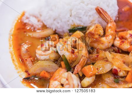 Stir Fried Shrimp In Thai Red Curry Paste With Rice And Fried Egg , Spicy Fried Shrimp , Curry Fried
