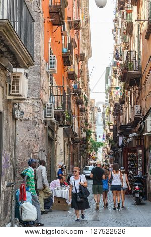 Narrow Street Of Naples, Ordinary People