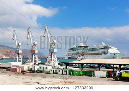 Harbour of Santa Cruz de Tenerife, Canary Islands, Spain
