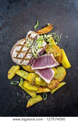 Tuna Steak with Hash Browns