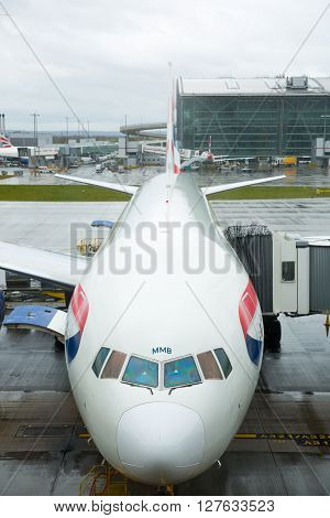 LONDON, UK - APRIL 7, 2016: British Airways plane in the Heathrow airport terminal 5 getting ready to depart