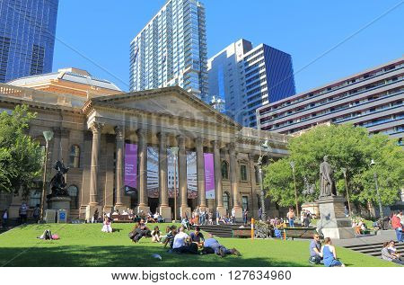 MELBOURNE AUSTRALIA - APRIL 24, 2016: Unidentified people visit State Library of Victoria in Melbourne.