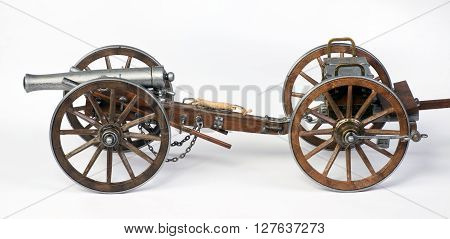Model of a 1863 Dahlgren cannon with a limber cart.