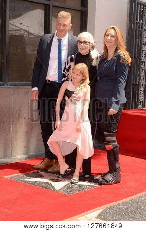 LOS ANGELES - APR 28:  Barbara Bain, Family at the Bairbara Bain Hollywood Walk of Fame Star Ceremony at the Hollywood Walk of Fame on April 28, 2016 in Los Angeles, CA