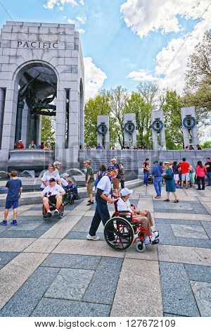 Veterans Near Pacific Arch In National World War 2 Memorial