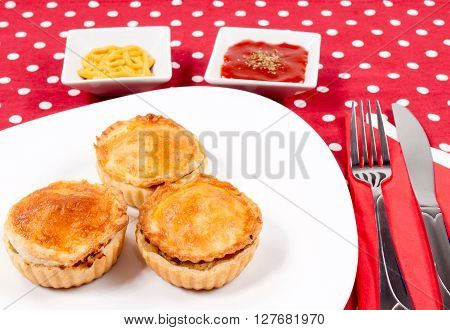 Chicken And Mushrooms Pie
