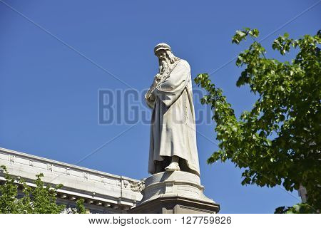 Monument to Leonardo in La Scala square of Milan
