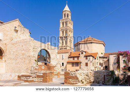 SPLIT, CROATIA - SEPTEMBER 2, 2009: View of St. Domnius cathedral bell tower and ethnographic museum