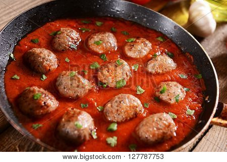Meat Balls In Tomato Sauce